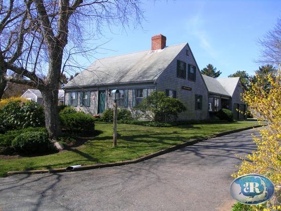 55 Eldredge Square Chatham, MA 02633 rental details
