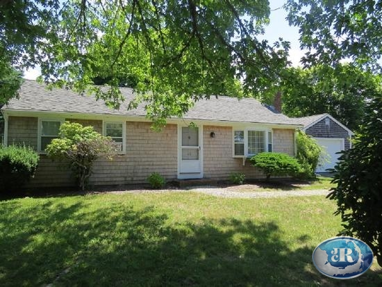 46 Dairy Street Chatham, MA 02633 rental details